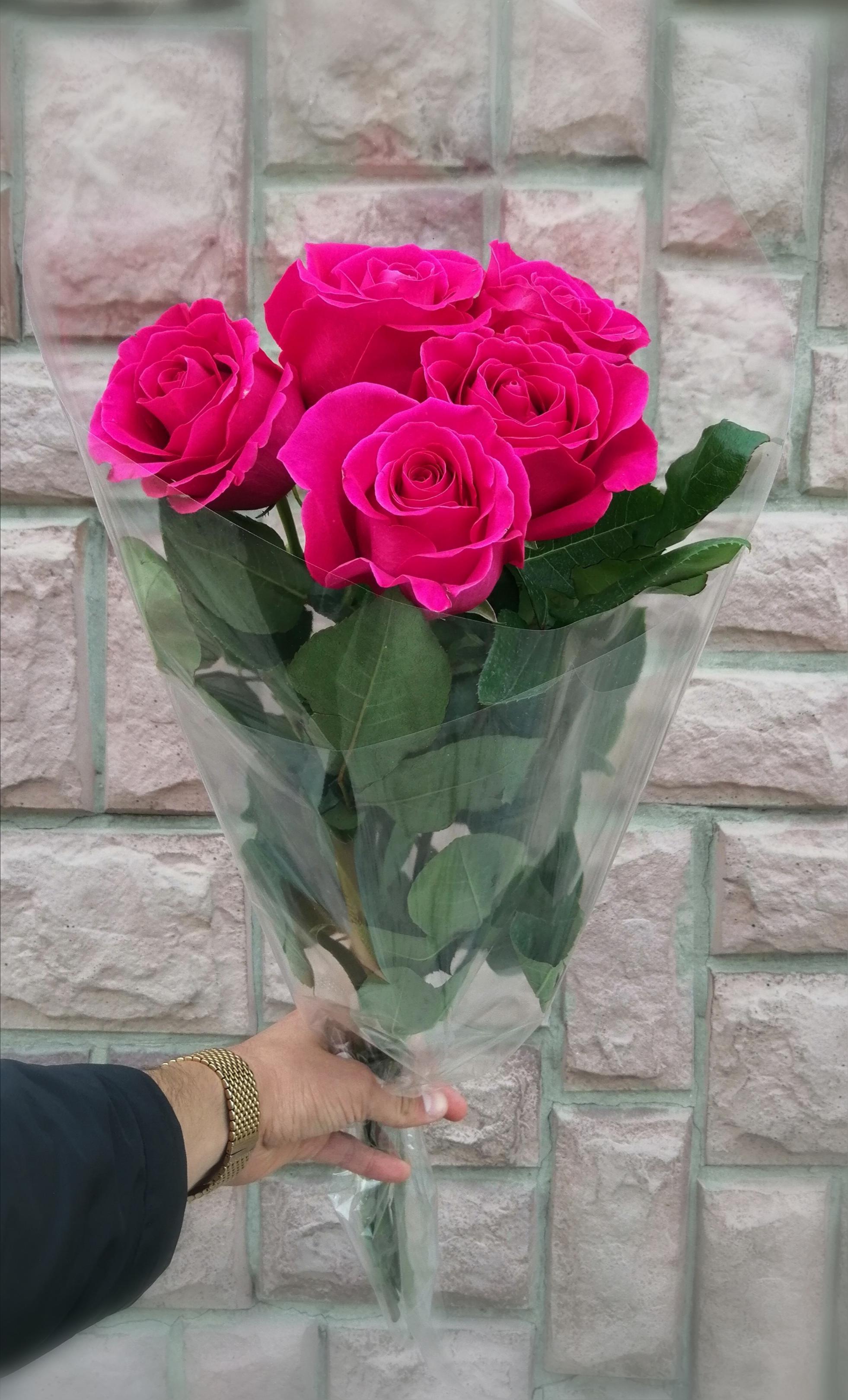 3 5 розы в букете